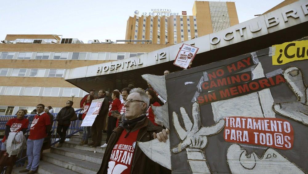 Los enfermos piden 800 millones al Gobierno para tratar la hepatitis C