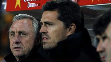 Óscar García puede ser el nuevo entrenador del Barcelona, según la prensa inglesa