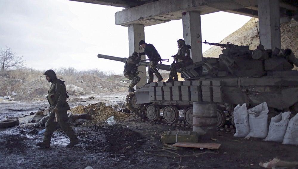 Los enfrentamientos entre Kiev y los prorrusos matan a doce civiles