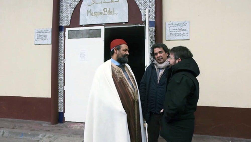 El imán de la mezquita de la banlieue de Clichy-sous-Bois Daw Meskine
