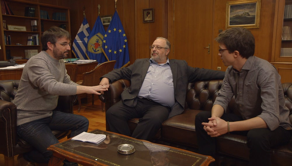 Jordi Évole visita Grecia