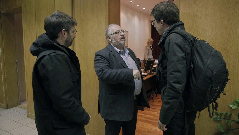 Jordi Évole, Kostas Isychos e Íñigo Errejón en 'Salvados'