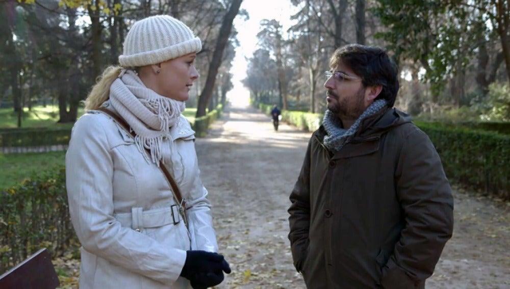 Zaida Cantera, con Jordi Évole, en 'Salvados'
