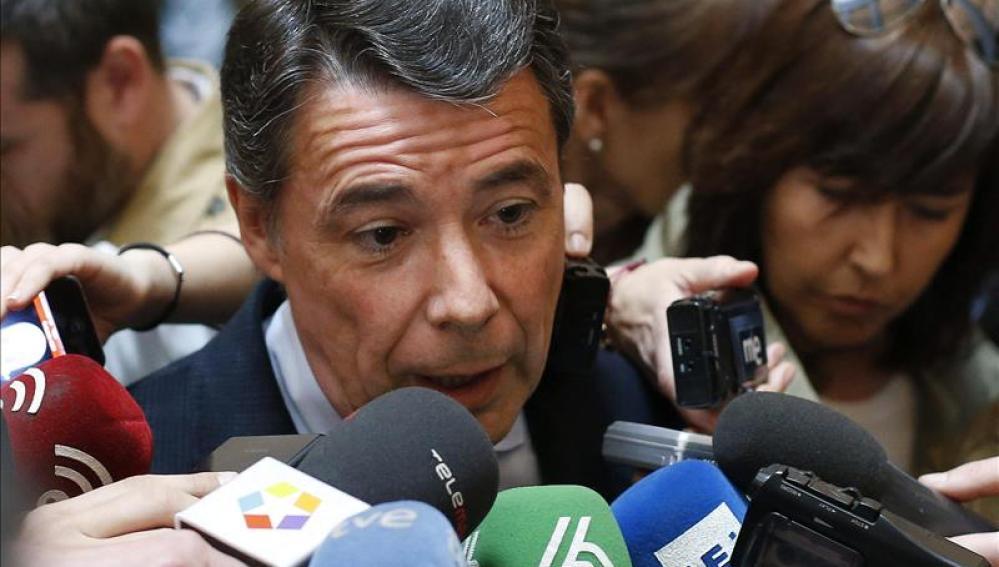 Ignacio González habla con los medios