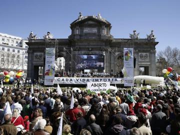 40 organizaciones provida se manifiestan contra el aborto