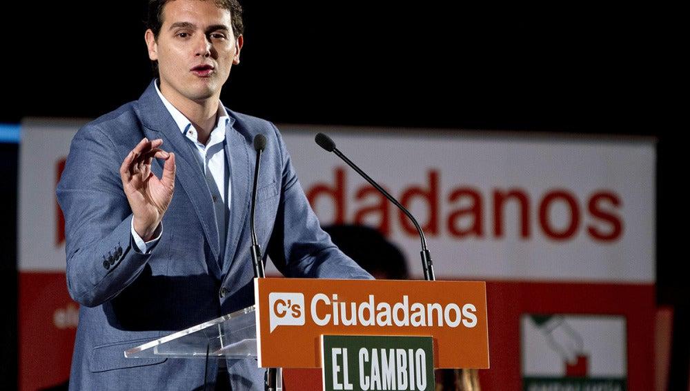 Albert Rivera en un mítin de las elecciones andaluzas