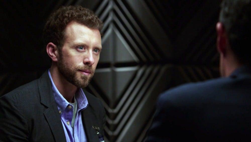 Interrogan al doctor Hodgins, en 'Bones'