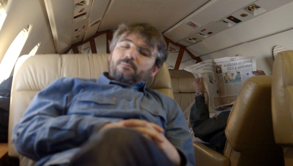 Jordi Évole, a bordo de un avión