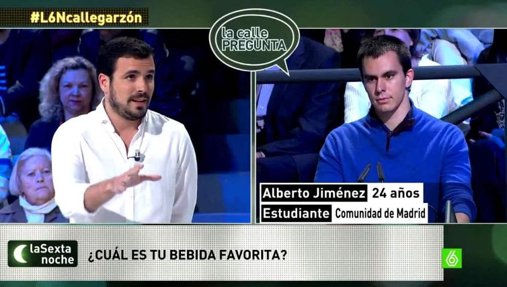 Alberto Garzón habla sobre su bebida