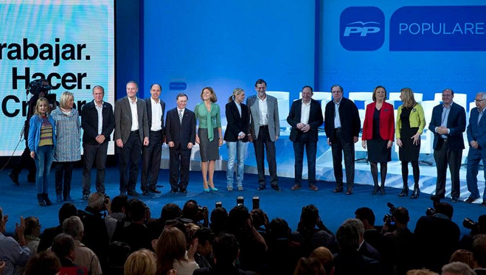 Rajoy con los candidatos autonómicos del PP