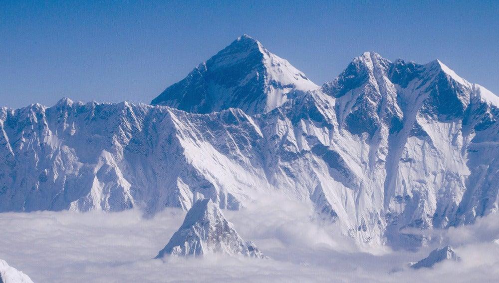 El monte Everest, de 8.848 metros de altura
