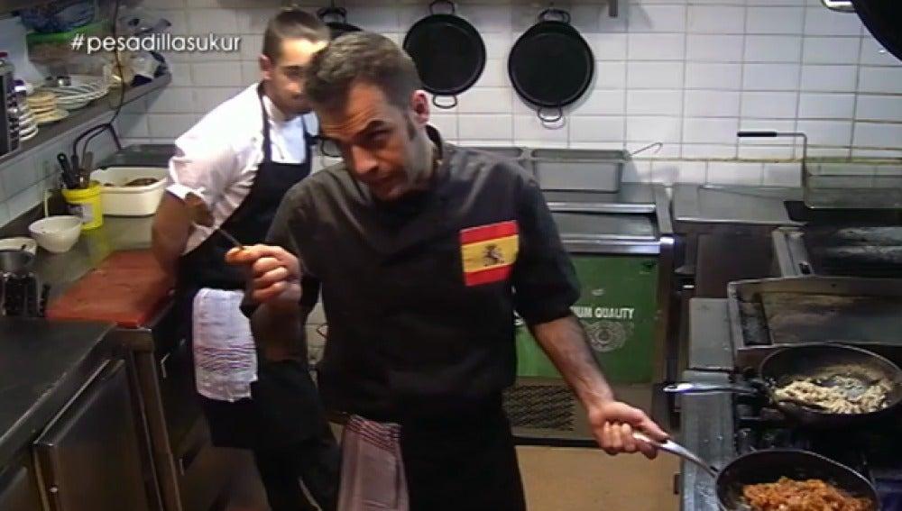 Martínez se enfrenta a su compañero Sulliman