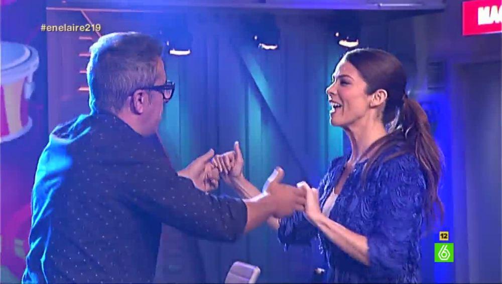 Buenafuente baila con Juana Acosta