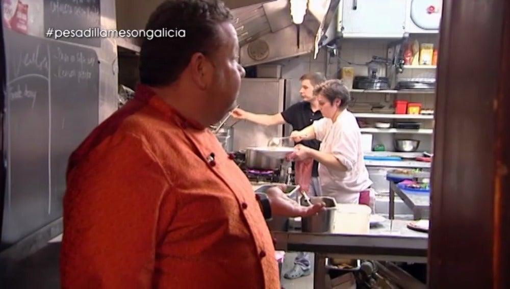 Chicote alucina con el servicio del 'Mesón Galicia'