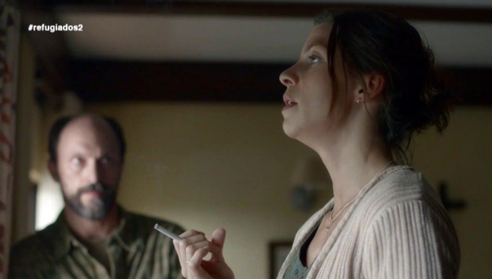 Emma le cuenta su pasado a Sam