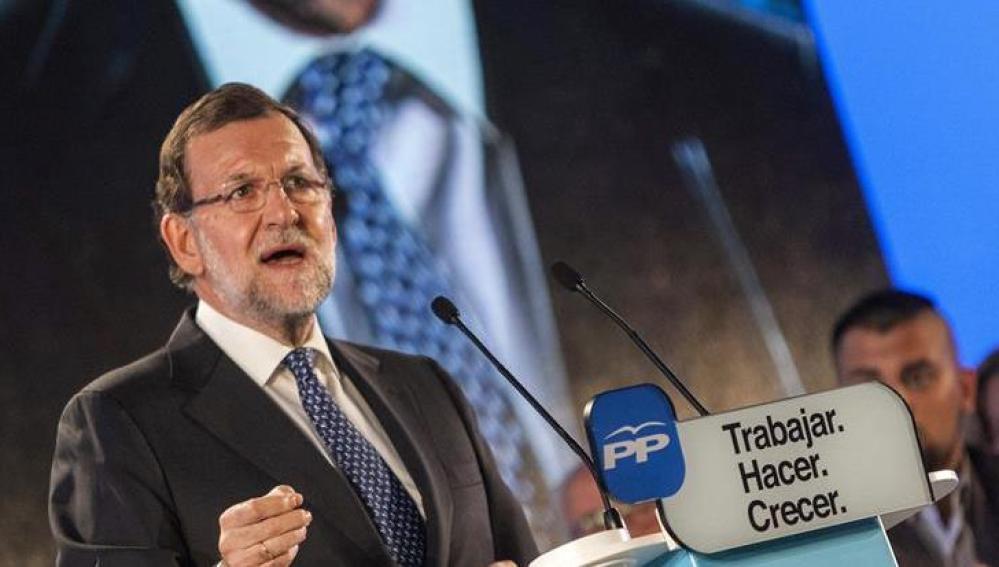 Rajoy durante un acto electoral