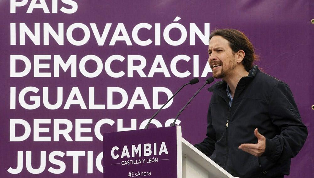 Pablo Iglesias durante un acto electoral en Zamora