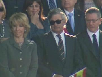 Esperanza Aguirre junto a su marido y Alberto Ruiz Gallardón