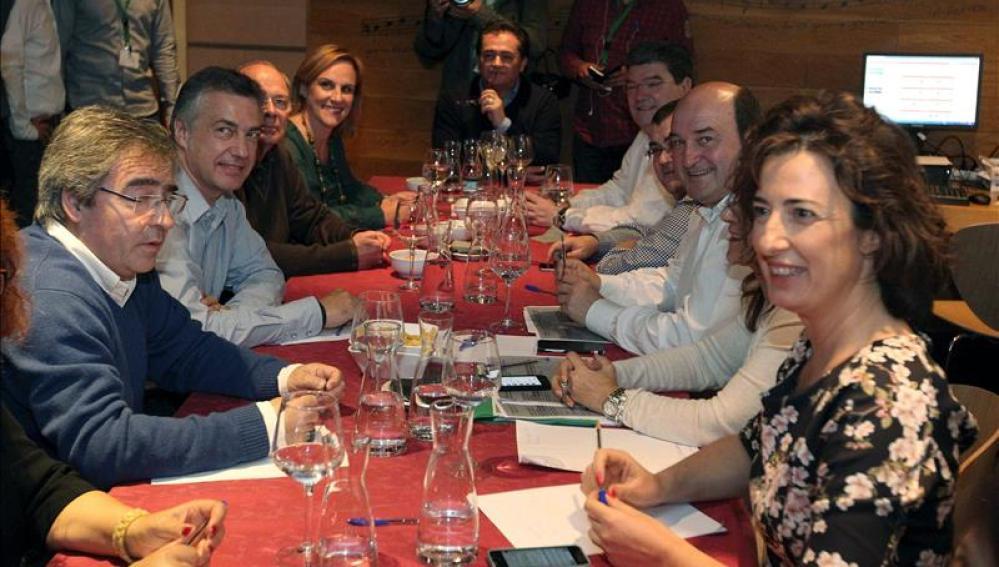 Urkullu, Andoni Ortuzar y otros miembros de la Ejecutiva del PNV