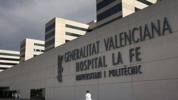Fachada del hospital La Fe de Valencia