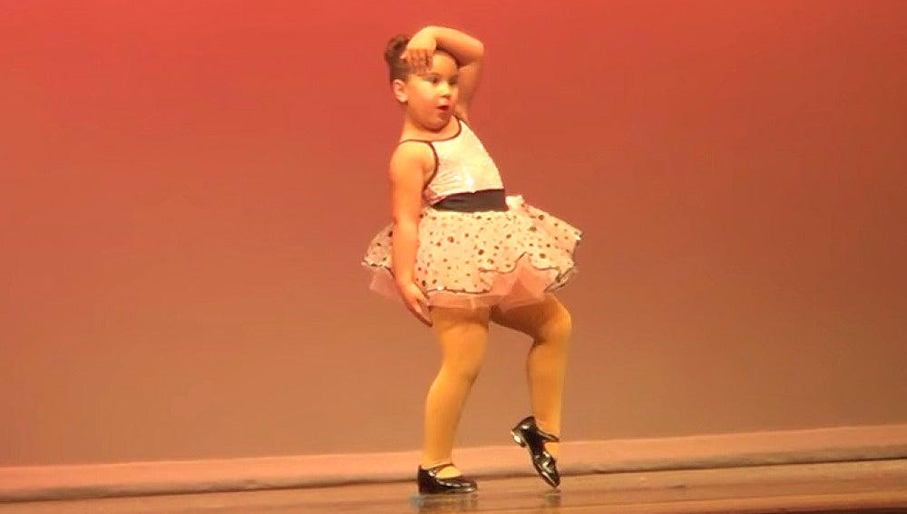 La pequeña Aretha Franklin que ha revolucionado internet