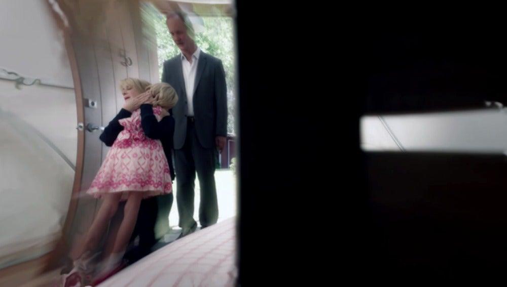 Sparks consigue reunir a su mujer y a la pequeña Katie