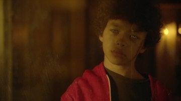 Ethan quiere salvar a Molly enfrentándose al vástago
