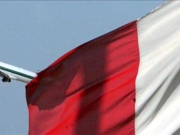 Un avión de Alitalia despega del aeropuerto de Fiumicino, en Roma