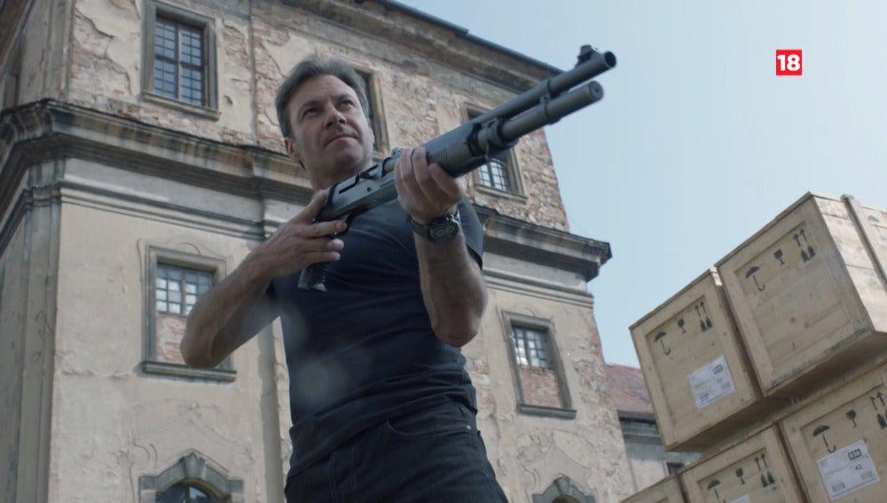 Frank intentará salvar a Tarconi el jueves en 'Transporter'