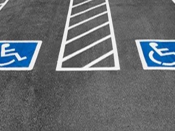 Plaza de aparcamiento para discapacitados