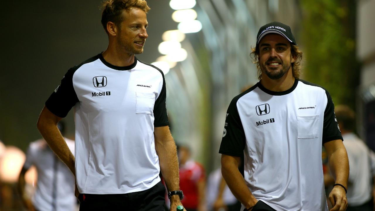 Button y Alonso, de risas