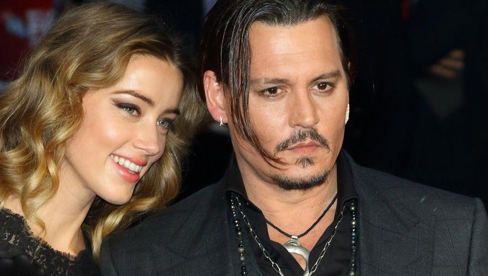 Johnny Depp junto a Amber Heard