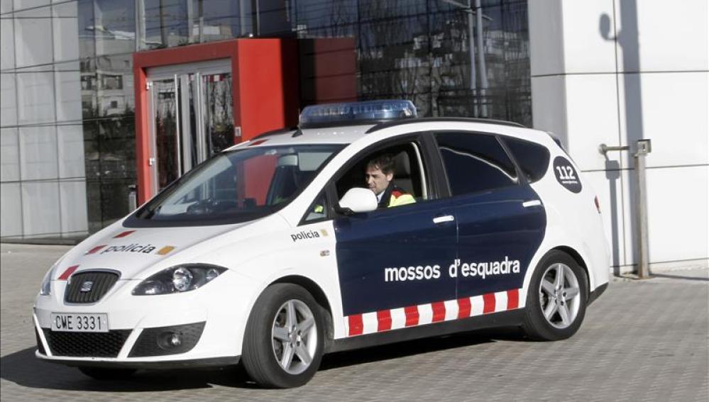 Un vehículo de los Mossos d'Esquadra