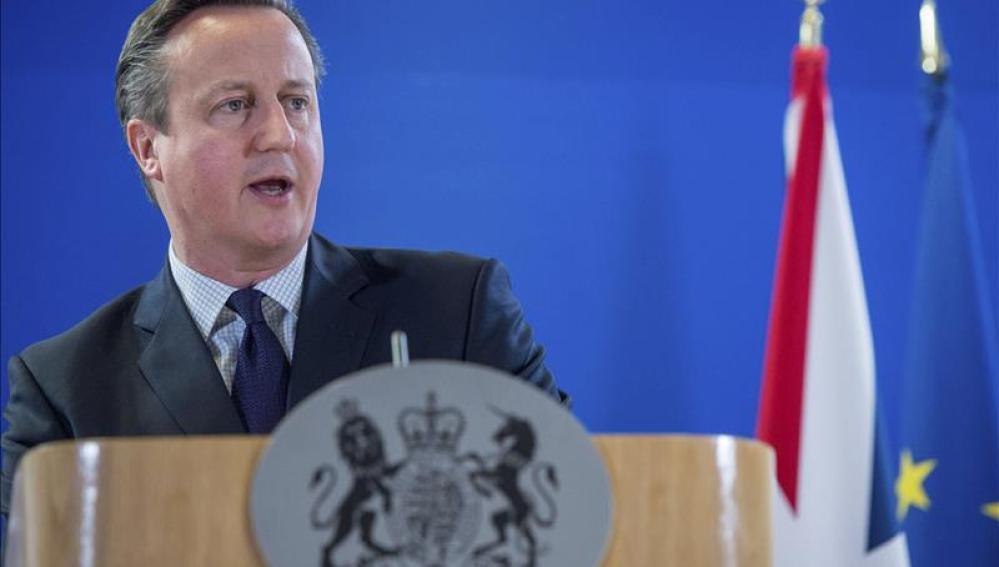 El Reino Unido dará mayor cobertura legal a policías que disparen sus armas
