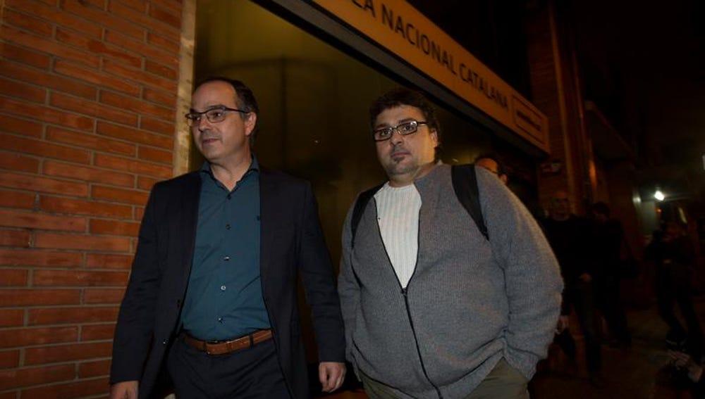 El diputado de JXSi Jordi Turull y el de la CUP Hugo Alvira