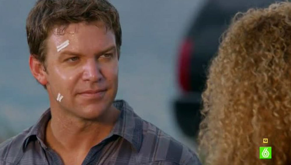 Manus advierte a Jim, en The Glades