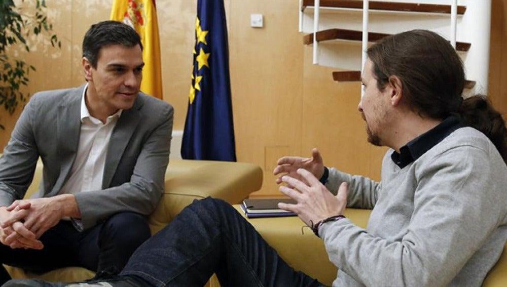 Pedro Sánchez y Pablo Iglesias en su encuentro