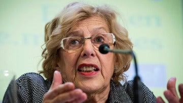 Manuela Carmena habla ante los medios de comunicación (Archivo)
