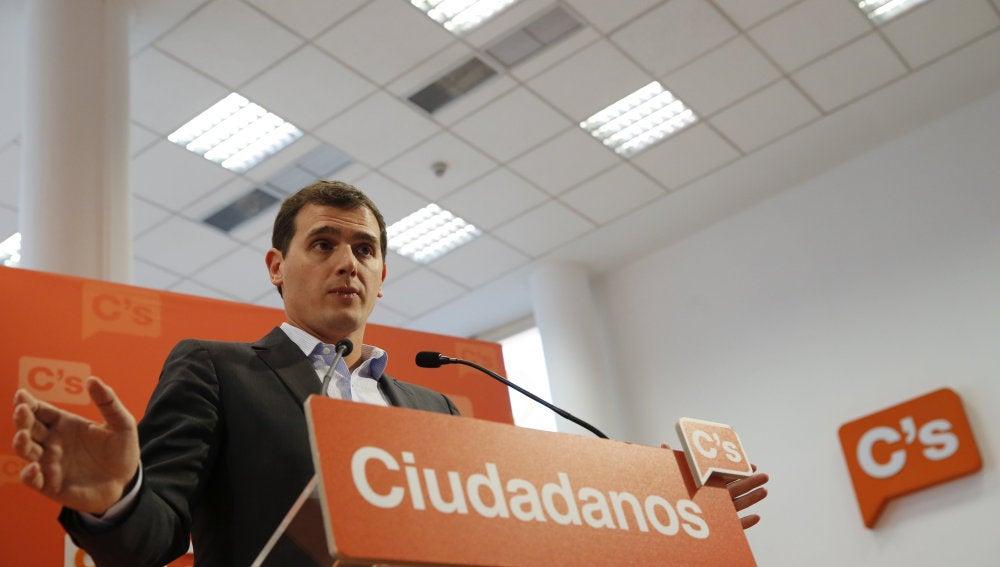 El presidente de Ciudadanos, Albert Rivera, durante una rueda de prensa