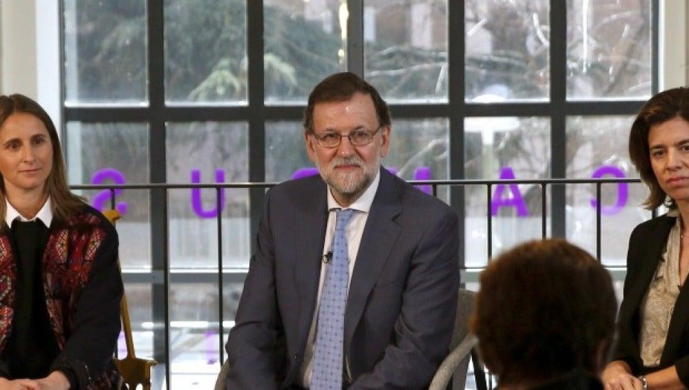 Rajoy en una charla por el Día de la Mujer