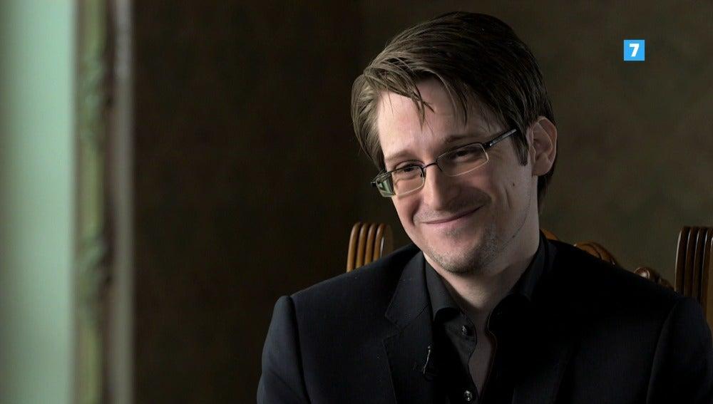 Este domingo Edward Snowden visita 'El Objetivo'