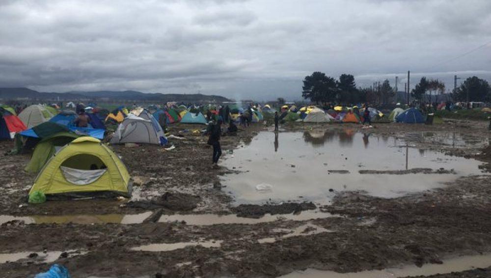 Imagen de un campo de refugiados al norte de Grecia