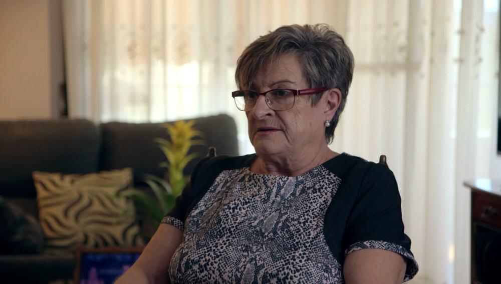 Isabel Vique, una abuela que cuida de sus dos nietos