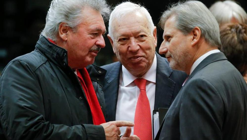 José Manuel García-Margallo, ministro de Exteriores, con homólogos de la UE