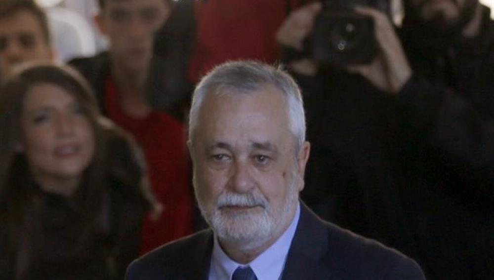 José Antonio Griñán llega al juzgado