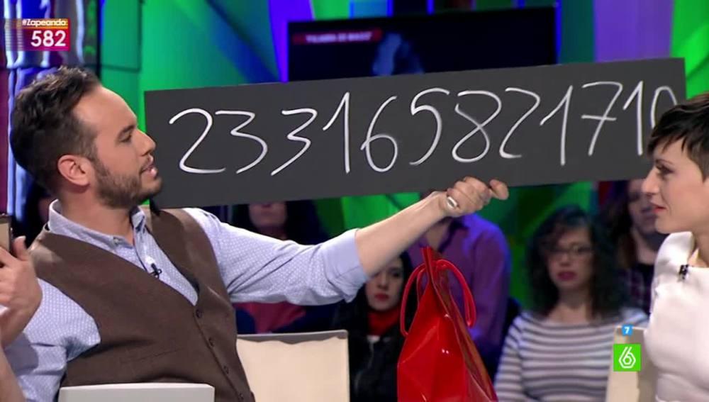 Truco de magia de la calculadora por Jorge Blass