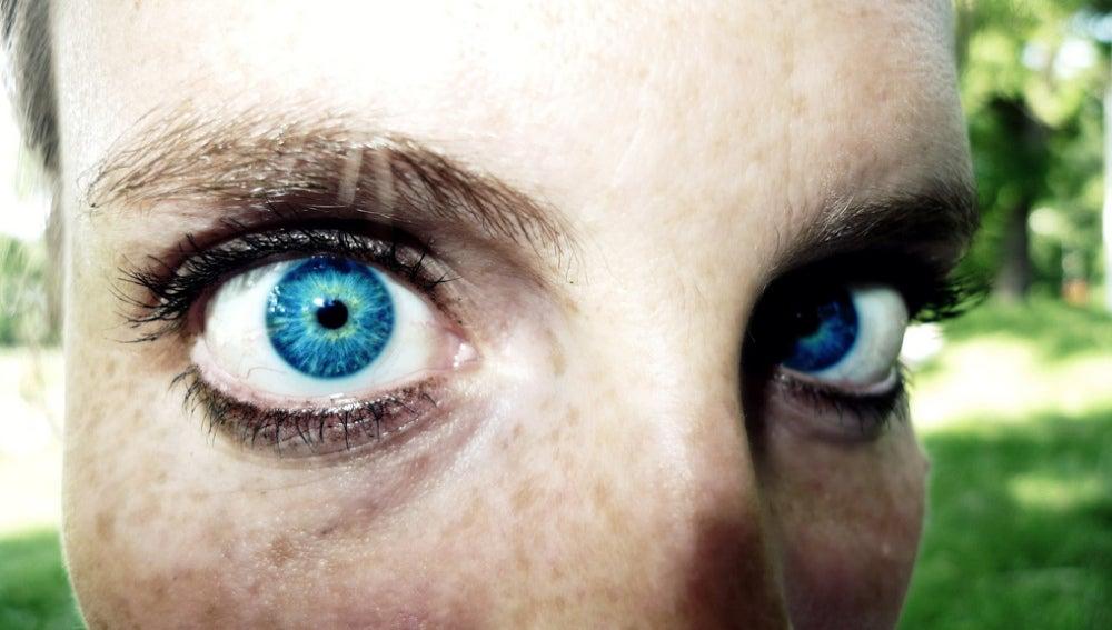 Mantén los ojos bien abiertos