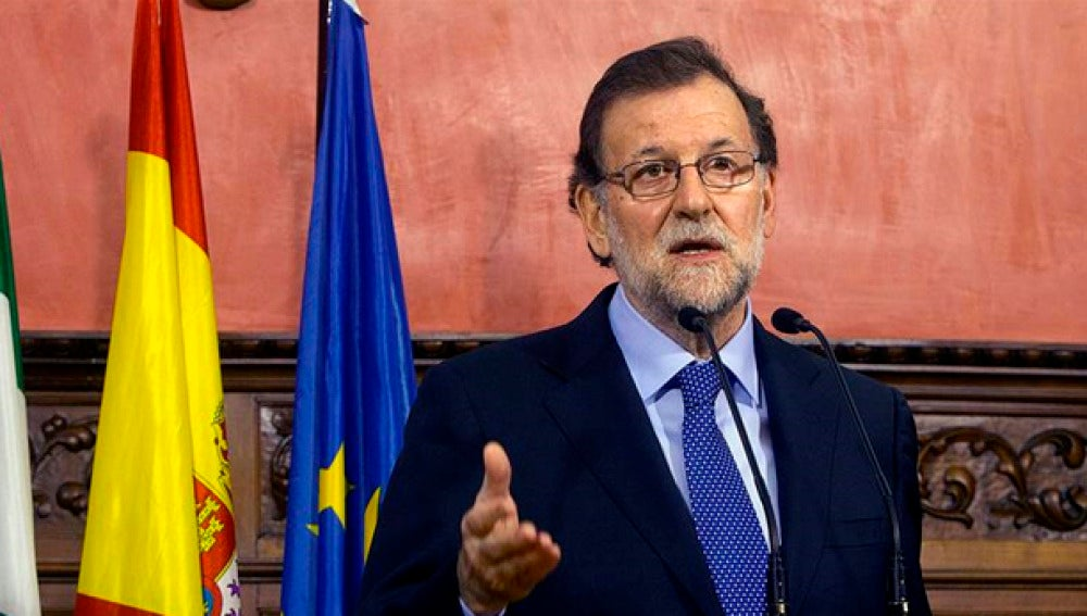 Mariano Rajoy habla ante los medios