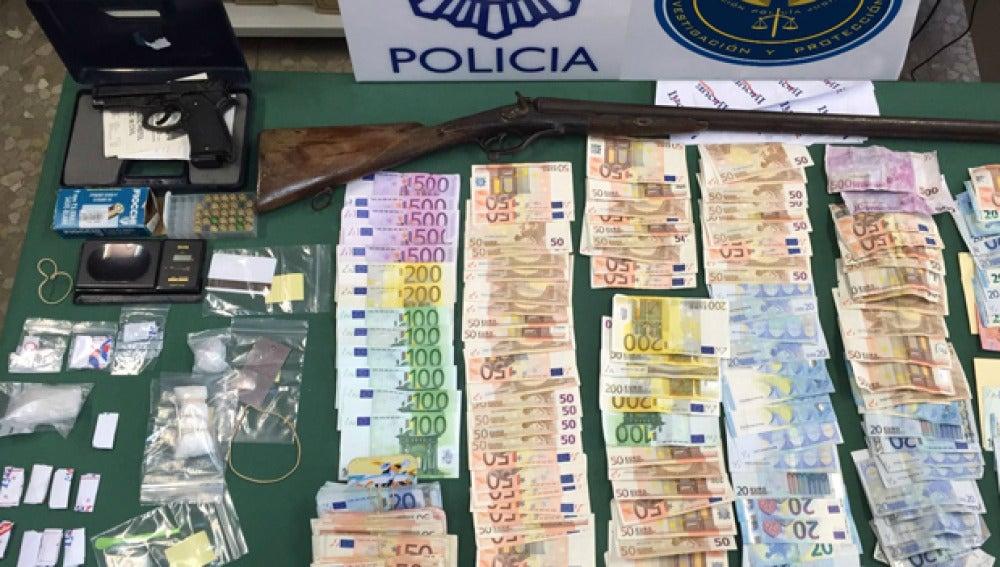 Incautación de dinero y droga a un matrimonio traficante en Málaga