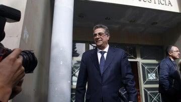 Enrique Ortiz saliendo de los juzgados (Archivo)
